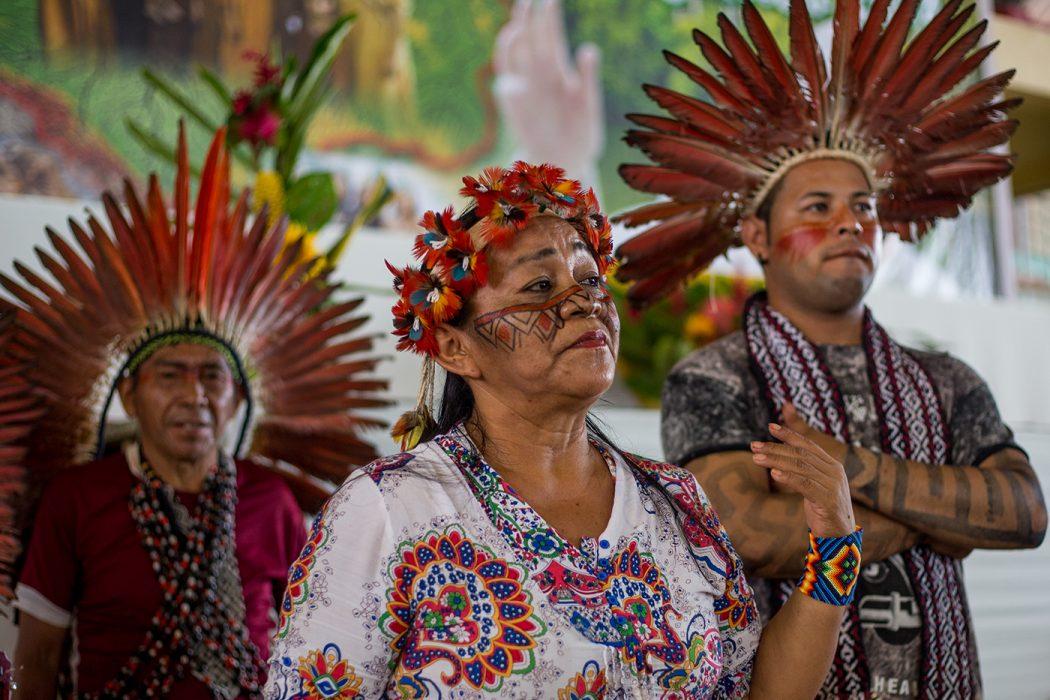 Povos indígenas do Brasil participaram do encontro com Papa Francisco no Peru, em janeiro de 2018. Na foto, Letícia Yawanawa, liderança do Acre. Foto: Tiago Miotto/Cimi