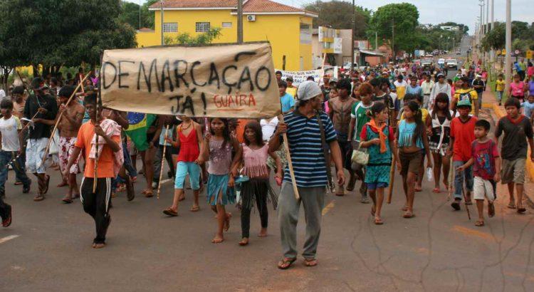 Protesto Guarani na cidade de Guaíra, Paraná. Foto: Diego Pelizzari/Cimi