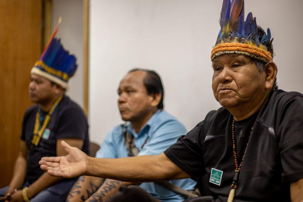 Tuxauas e lideranças de Amazonas e Roraima participaram de reuniões na Funai. Foto: Tiago Miotto/Cimi