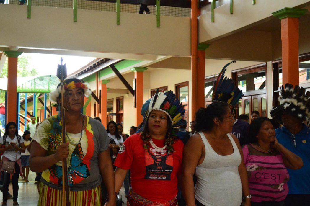 Ato realizado por representantes da Apoianp na Universidade Estadual do Amapá, durante as mobilizações do #JaneiroVermelho. Crédito: Apoianp