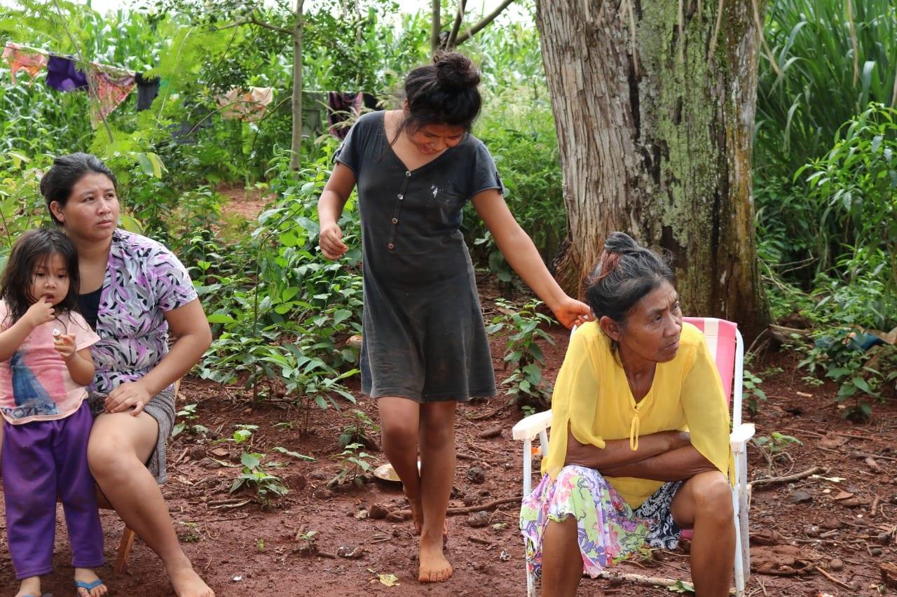 Avá Guarani do tekoha Pyahu, em Santa Helena (PR), lutam para suspender ordem de despejo contra comunidade. Foto: Osmarina Oliveira/Cimi Sul