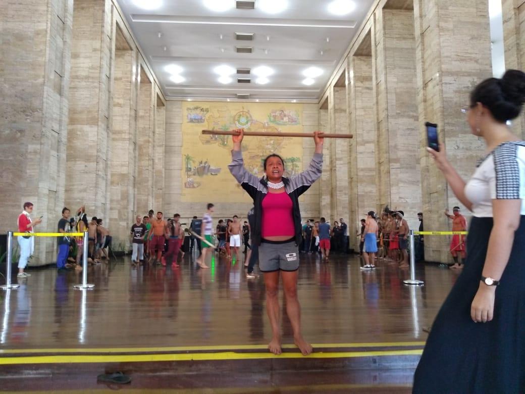 Prefeitura de São Paulo ocupada contra a municipalização da saúde indígena pelos Guarani da TI Jaraguá. Foto: Cimi regional Sul/equipe São Paulo