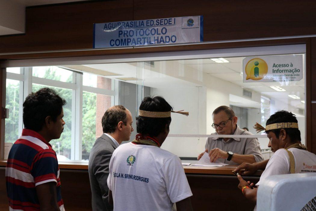 Ao longo dos cinco dias a delegação realizou uma série de incidências políticas no STF, AGU e na Câmara dos Deputados. Foto: Adilvane Spezia / CIMI