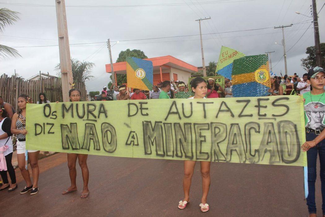 A Marcha Indígena também trouxe à discussão a mineração nos territórios indígenas, a qual todas as lideranças presentes disseram ser contrárias. Foto por José Rosha, do Cimi Norte I