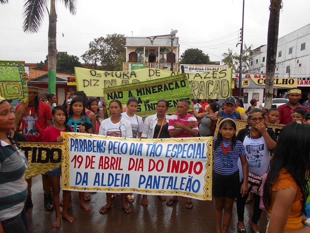 I Marcha do Povo Indígena Mura, ocorrida no dia dos povos indígenas, 19 de abril, no centro de Autazes, cidade que fica a 110 quilômetros de Manaus. Foto por José Rosha, do Cimi Norte I