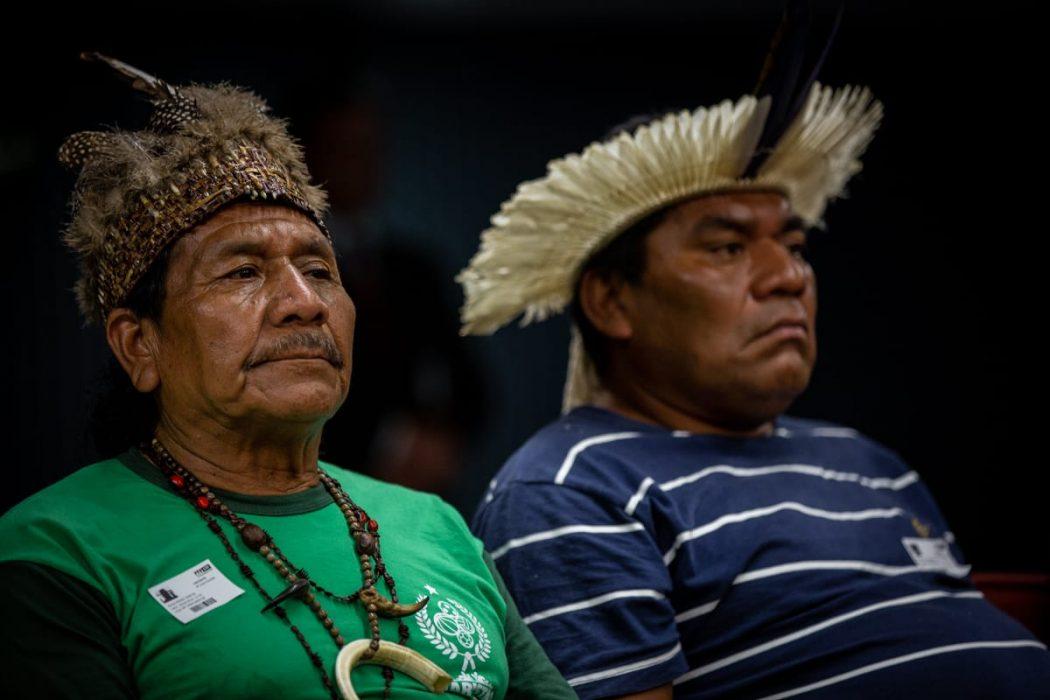Indígenas acompanham audiência do caso Xokleng no STF. Foto: Tiago Miotto/Cimi