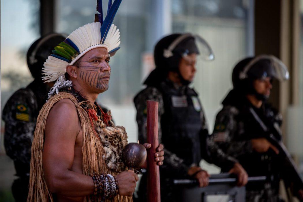 Mobilização em defesa de políticas de permanência para indígenas e quilombolas no ensino superior. Foto: Tiago Miotto/Cimi