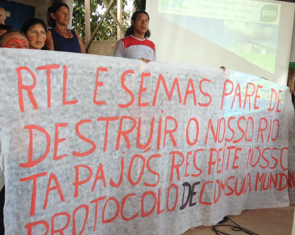 Munduruku denunciam ausência de consulta prévia em processo de licenciamento de porto no rio Tapajós. Foto: Alessandra Korap Munduruku