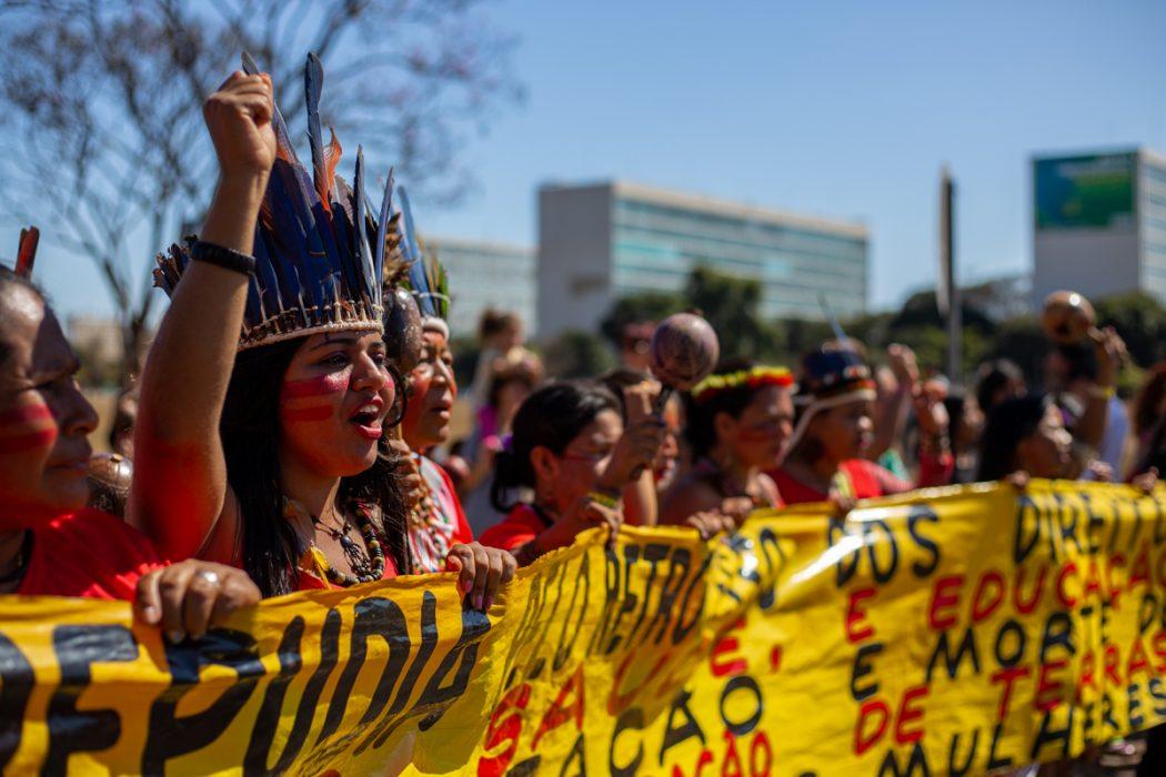 Em defesa de seus corpos e territórios marcha reúne cerca de 3 mil mulheres indígenas. Foto: Tiago Miotto/Cimi