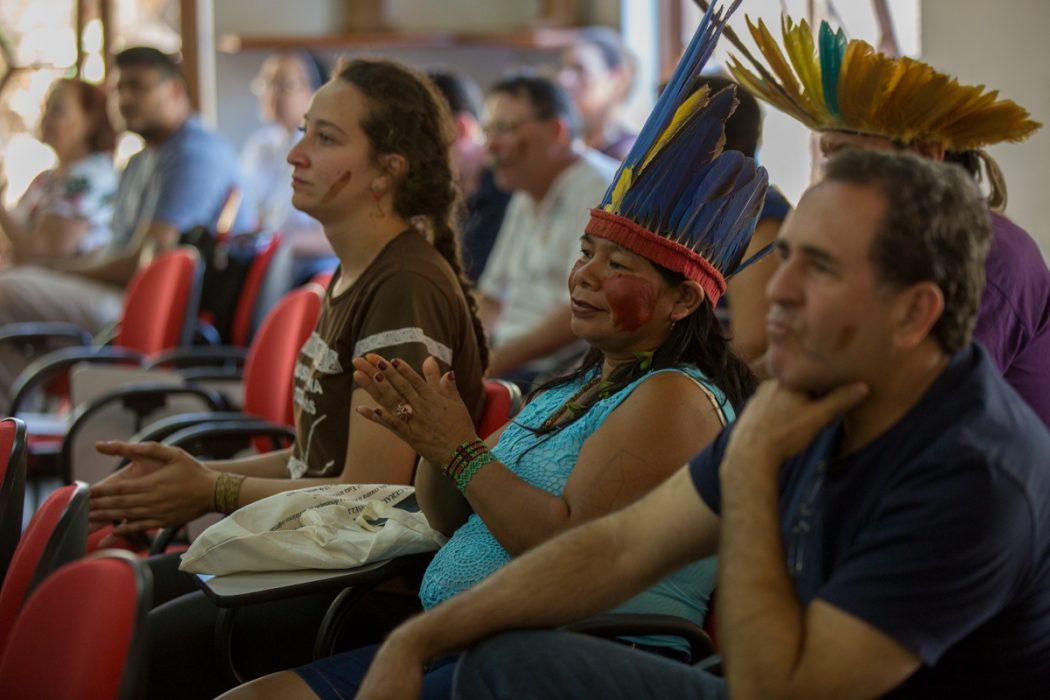 XXIII Assembleia recorda os 273 anos, quando Sepé Tiaraju gritava junto com o povo Guarani 'Alto lá, esta terra tem dono' para que os direitos da Constituição sejam respeitados. Foto: Tiago Miotto/Cimi