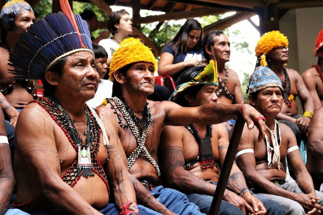 Delegação indígena do povo Munduruku cobrando órgãos públicos em Brasília, no final do ano 2019. Foto: Adi Spezia/Cimi