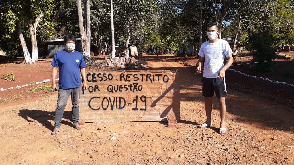 No Tekoha Oco'y, no Paraná, os Avá-Guarani estabeleceram barreiras sanitárias em junho, após o primeiro caso de covid-19 ser confirmado na comunidade. Foto: comunidade do Tekoha Oco'y