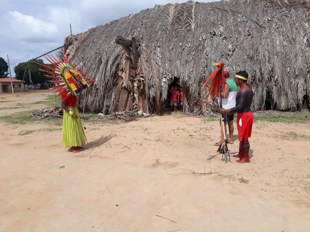 Festa tradicional de Iraxao (Aruanã), do povo Apyãwa, na Terra Indígena Urubu Branco. Foto: Kamoriwa'i Elber Tapirapé