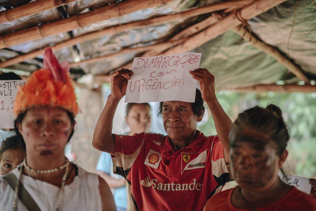 Visita da comitiva da CIDH à Terra Indígena Guyraroka, no Mato Grosso do Sul, em 2018. Foto: Christian Braga/Farpa/CIDH