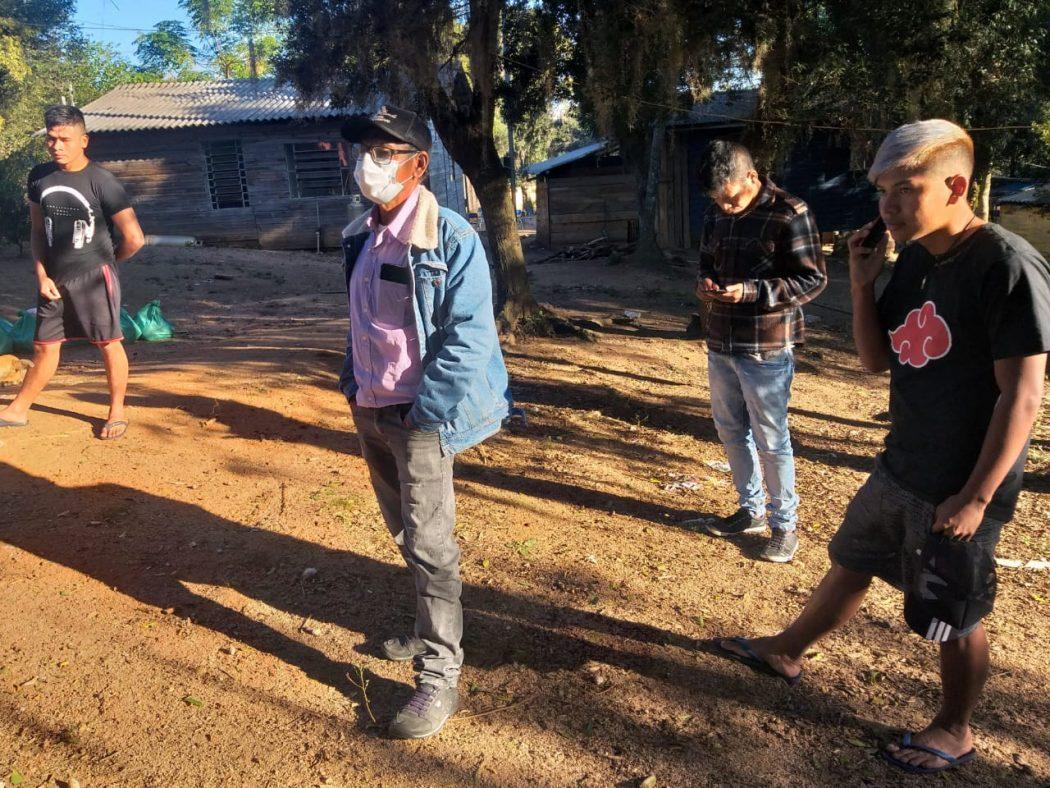 Comunidade Guarani Mbya Ñhu'ú Poty (Flor do Campo), localizada nas margens da BR-116, no município de Barra do Ribeiro (RS). Foto: Roberto Liebgott/Cimi Regional Sul